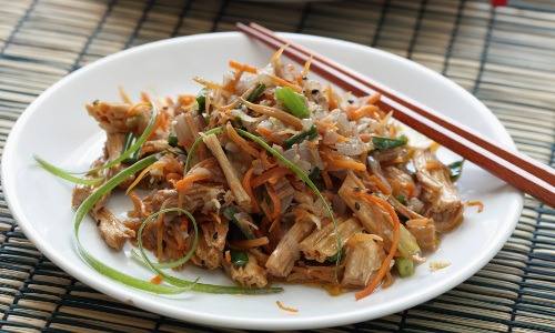 Glutamat ist vielen asiatischen Speisen beigefügt