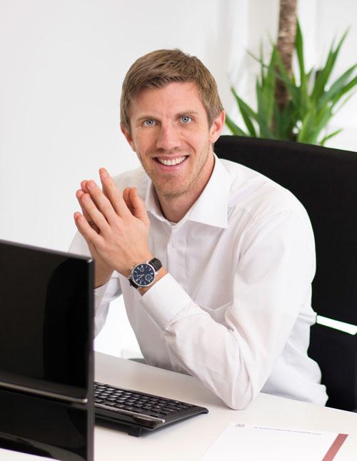 Dr. Julian Bergmann