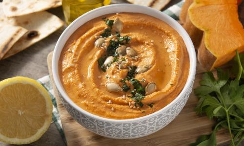 Hummus Rezept mit gebackenem Butternut Kürbis